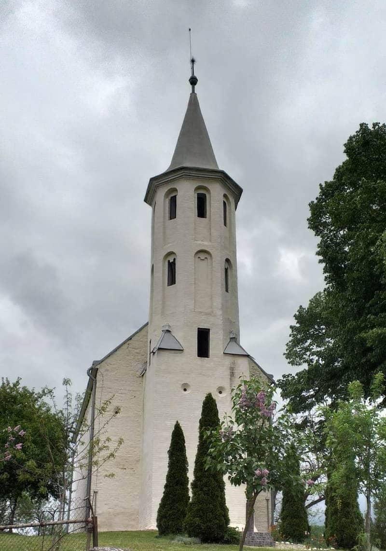 Biserica de piatră din Uileacu Șimleului 2